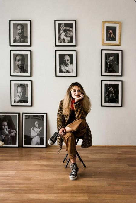 Jeng Mercado im Atelier-Studio Barrio (Foto: Süleyman Kayaalp)